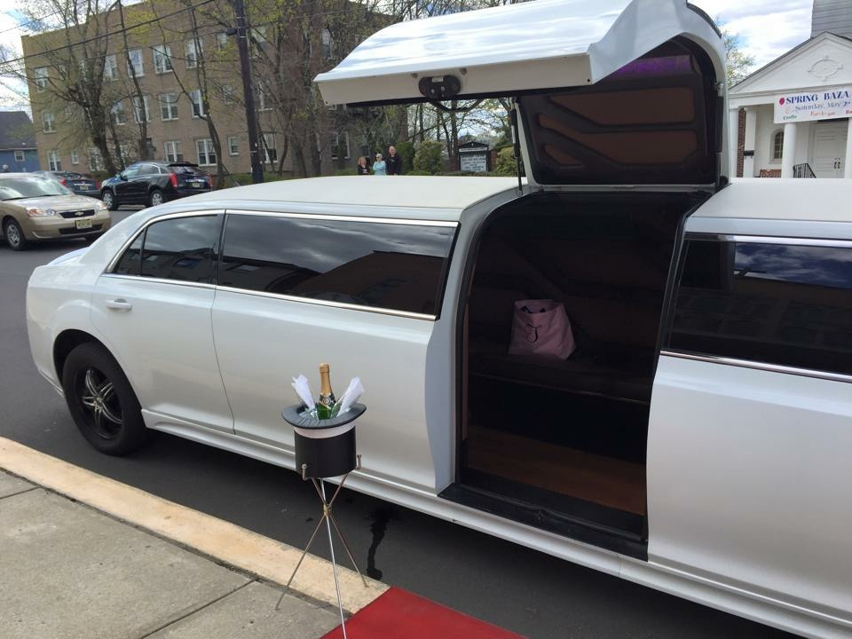 limo ... & limo with jet doors - 28 images - our chicago limos the 2013 hummer ...